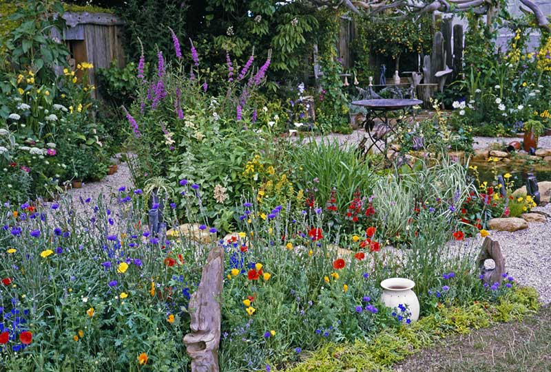 Groovy How To Design A Stunning Old Fashioned Cottage Garden Download Free Architecture Designs Viewormadebymaigaardcom